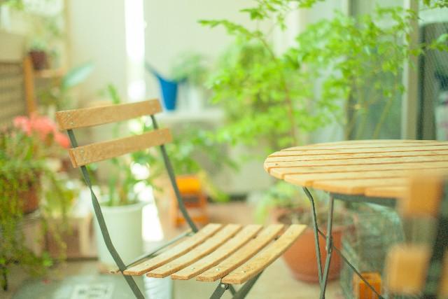 机・椅子の塗り替えも