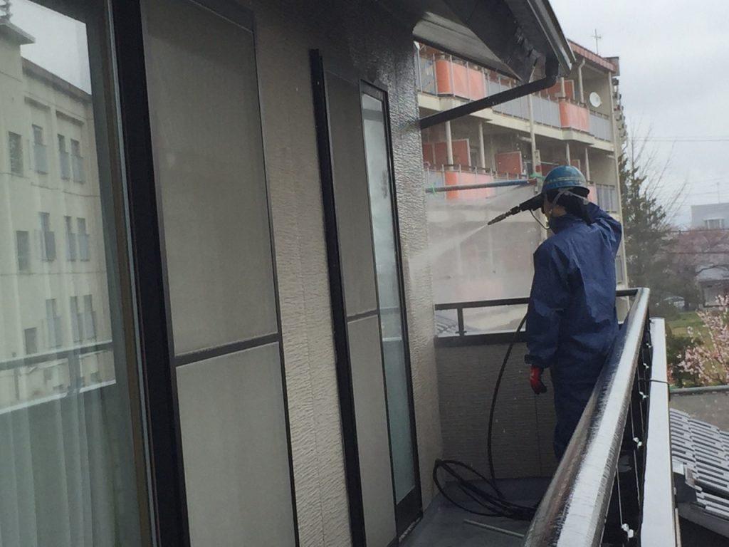 長野市外壁高圧洗浄サービス