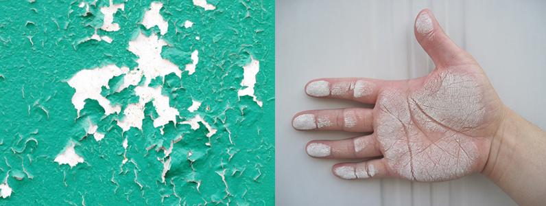 壁を触ると色がつく塗り替えの時期です