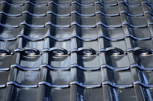 陶器瓦・プレスセメント瓦・乾式コンクリート瓦・化粧スレート・いぶし瓦などにも使われています