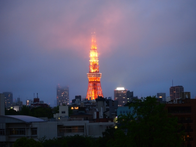 東京タワーの塗り替えはどれだけ大変なの