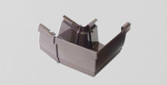 外曲がりと内曲がりがあり、屋根の種類で使い分けられています。