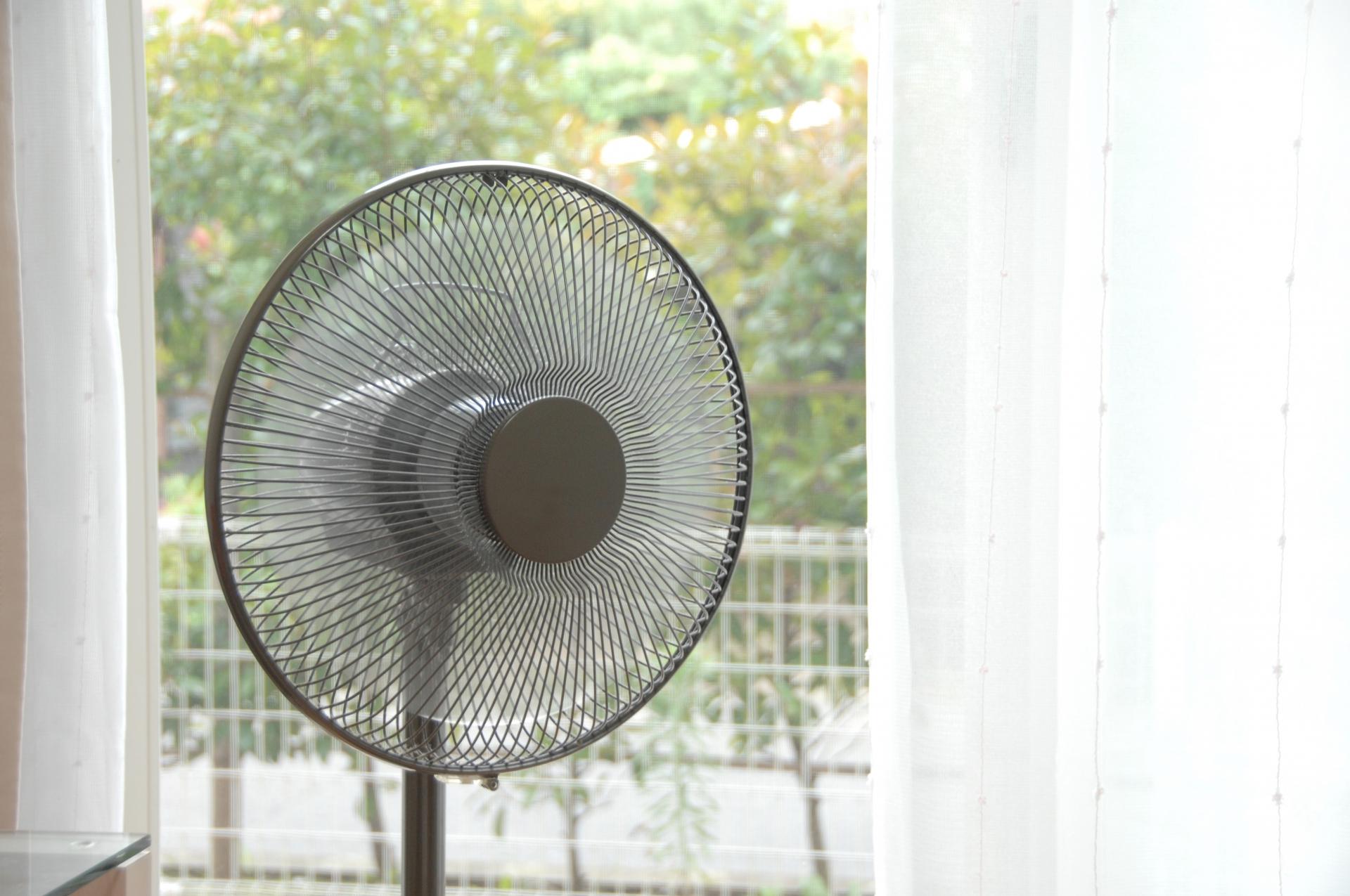 エアコンを使わず部屋を涼しくする工夫・長野市のしろくまペイント