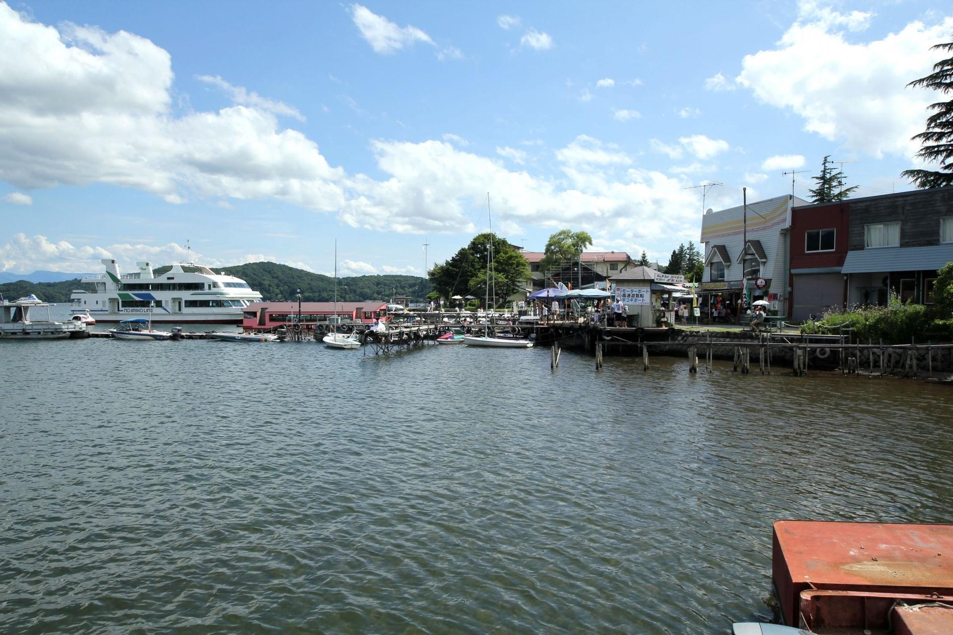 この夏、長野県信濃町野尻湖でキャンプやウォタースポーツを楽しんでみてはいかがでしょうか!?